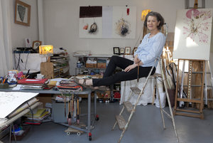 Anne Mandorla dans son atelier (Photo Michel Azous)